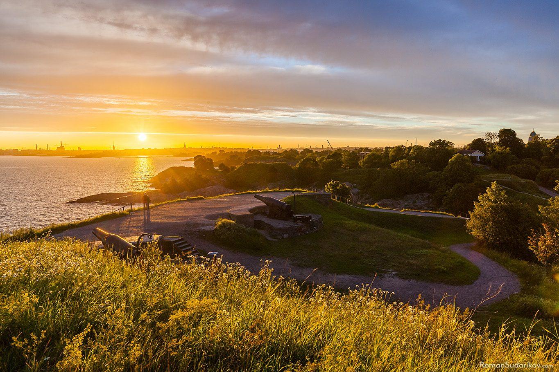 Закат в крепости Суоменлинна, Хельсинки, Финляндия