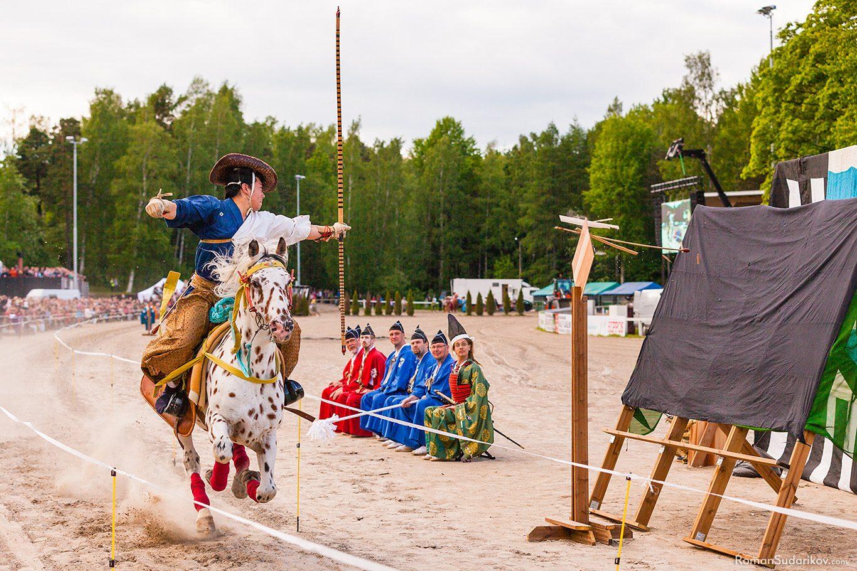 Ябусамэ, японский ритуал конной стрельбы из лука, Финляндия