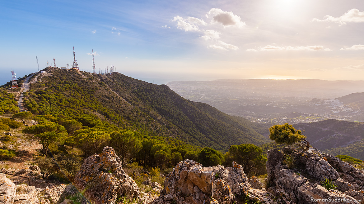 Antennas at the mountain Cerro del Moro in Benalmádena, Costa del Sol, Spain. Far away can be seen Fuengirola, Mijas and Mijas Pueblo. The picture is taken from the top of the mountain Castillejo. Costa del Sol, Spain.